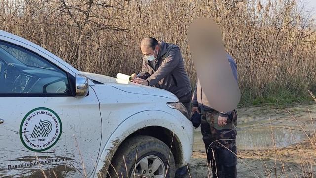 Edirnede yasağa rağmen ördek avlayan kişiye 11 bin 471 lira ceza kesildi