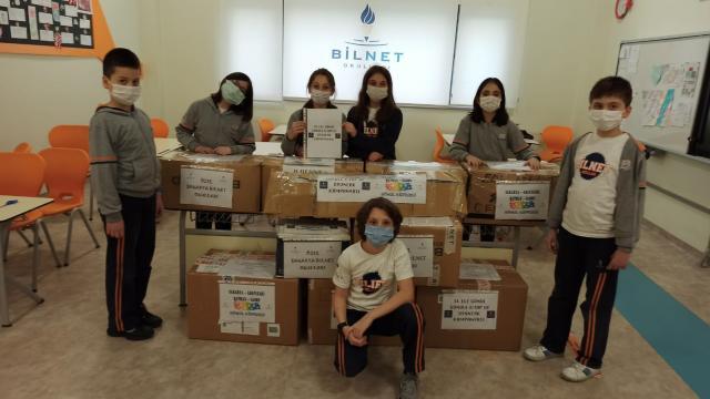İlkokul öğrencileri Batmandaki akranlarına kitap ve oyuncak gönderdi