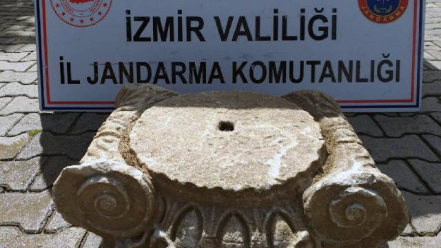 İzmirde Roma dönemine ait sütun başlığı ele geçirildi