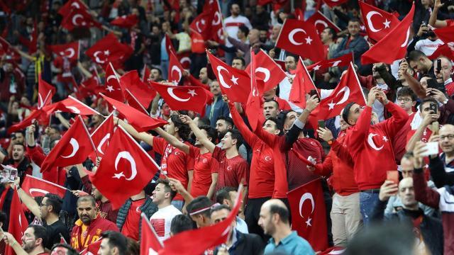 Türkiye-Letonya maçının bilet satış iptal edildi