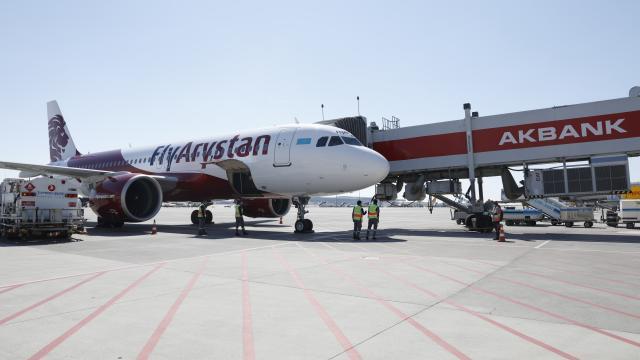 FlyArystanın Türkistan-Sabiha Gökçen Havalimanı seferleri bugün başladı