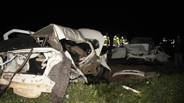 Şanlıurfada trafik kazası: 5 ölü, 1 yaralı