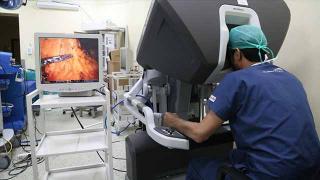 Böbrek naklinde robotik cerrahiyi tercih edenler Türkiye'ye geliyor