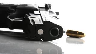 Rusya'da 6'ncı sınıf öğrencisi okula götürdüğü silahla ateş etti
