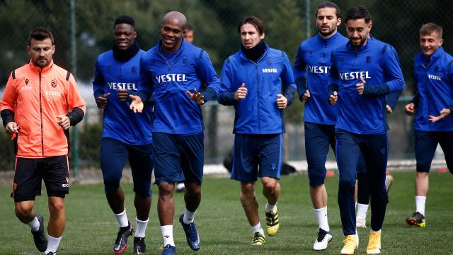 Trabzonspor 6 eksikle Sivasa gitti