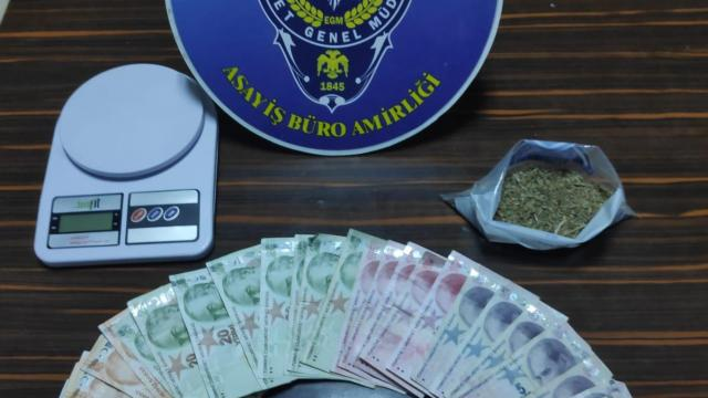 İzmirde 1 ayda 36 şüpheliye uyuşturucudan işlem yapıldı