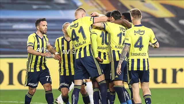 Fenerbahçe, sahasında 65 gün sonra kazandı