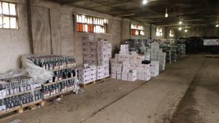 Bursa'da 10 bin litre kaçak içki ele geçirildi