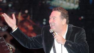 Türk pop müziğinin aşk dolu insanı: Kayahan