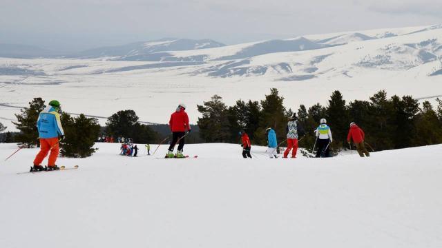 Alp Disiplini Kayak Öğreticiliği Kursu başladı