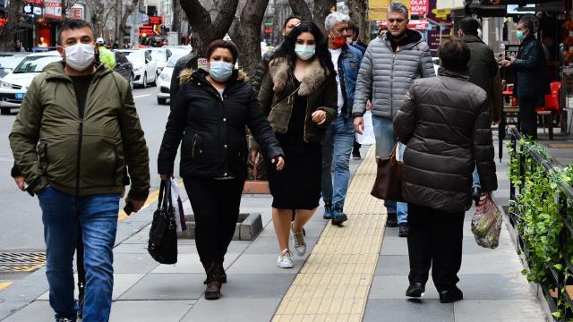 Antalya Müftüsü: Koronavirüse yakalananlar orucunu bayramdan sonra tutabilir