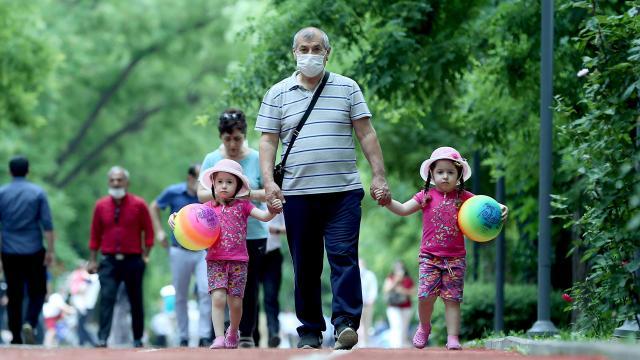 Bakan Koca: Vakalarda gençlerin oranı artıyor, 65 yaş üstünün azalıyor