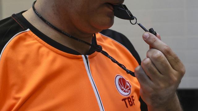 Türk hakemliğinin başarısı FIBAda örnek gösterildi