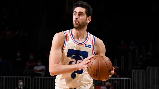Furkandan Philadelphia 76erse 10 sayılık katkı