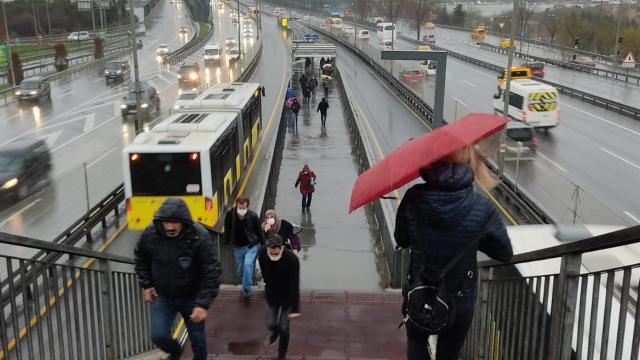 İstanbulda yağış etkili oldu