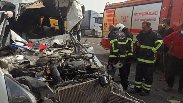 Hatayda zincirleme trafik kazası: 5 yaralı