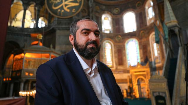 Ayasofya Camii İmamı Boynukalın akademik görevine geri döndü