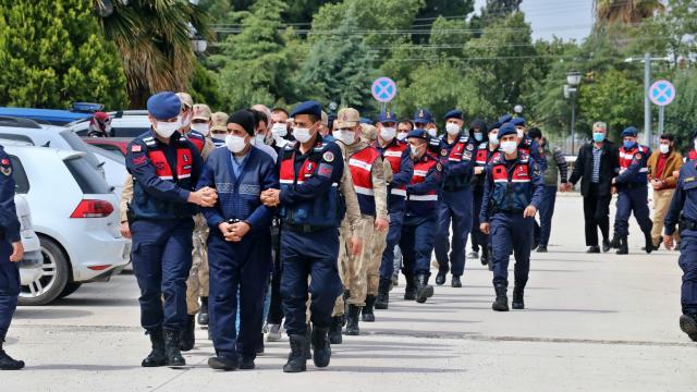 Osmaniye merkezli 11 ilde terör örgütü DEAŞa yönelik operasyonda 27 zanlı yakalandı