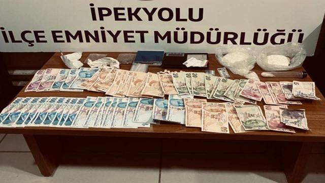 Vanda uyuşturucu operasyonu: 3 kişi tutuklandı