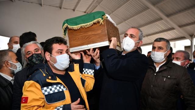 Adalet Bakanı Gülün acı günü