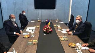 Bakan Akar, Ukraynalı mevkidaşı Taran ile görüştü