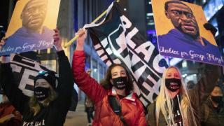 George Floyd destekçileri protesto gösterisi düzenledi