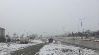 Keskin ilçesinde kar yağışı etkili oluyor