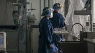 Kolombiya'da koronavirüsten bir günde 268 can kaybı