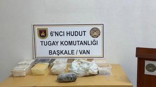 Van hudut hattında 12 kilo metamfetamin ele geçirildi