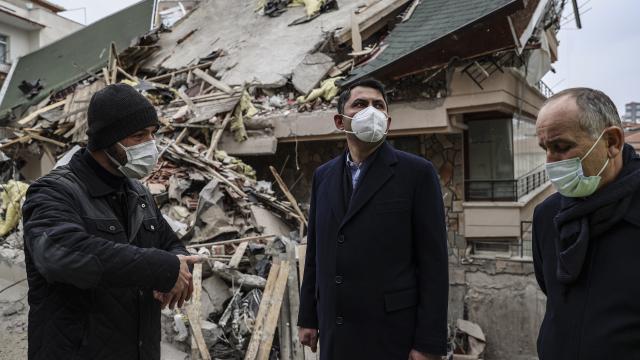 Bakan Kurum: Etraftaki 11 binayı da riskli görüyoruz