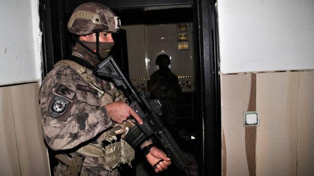 Afyonkarahisarda polise mukavemet gösteren zanlı tutuklandı