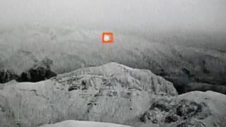 Teröristlerin saldırı balonu havada patlatıldı