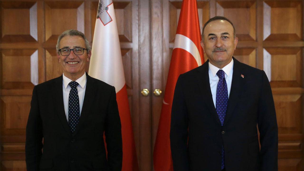 Bakan Çavuşoğlu, Maltalı mevkidaşı ile görüştü
