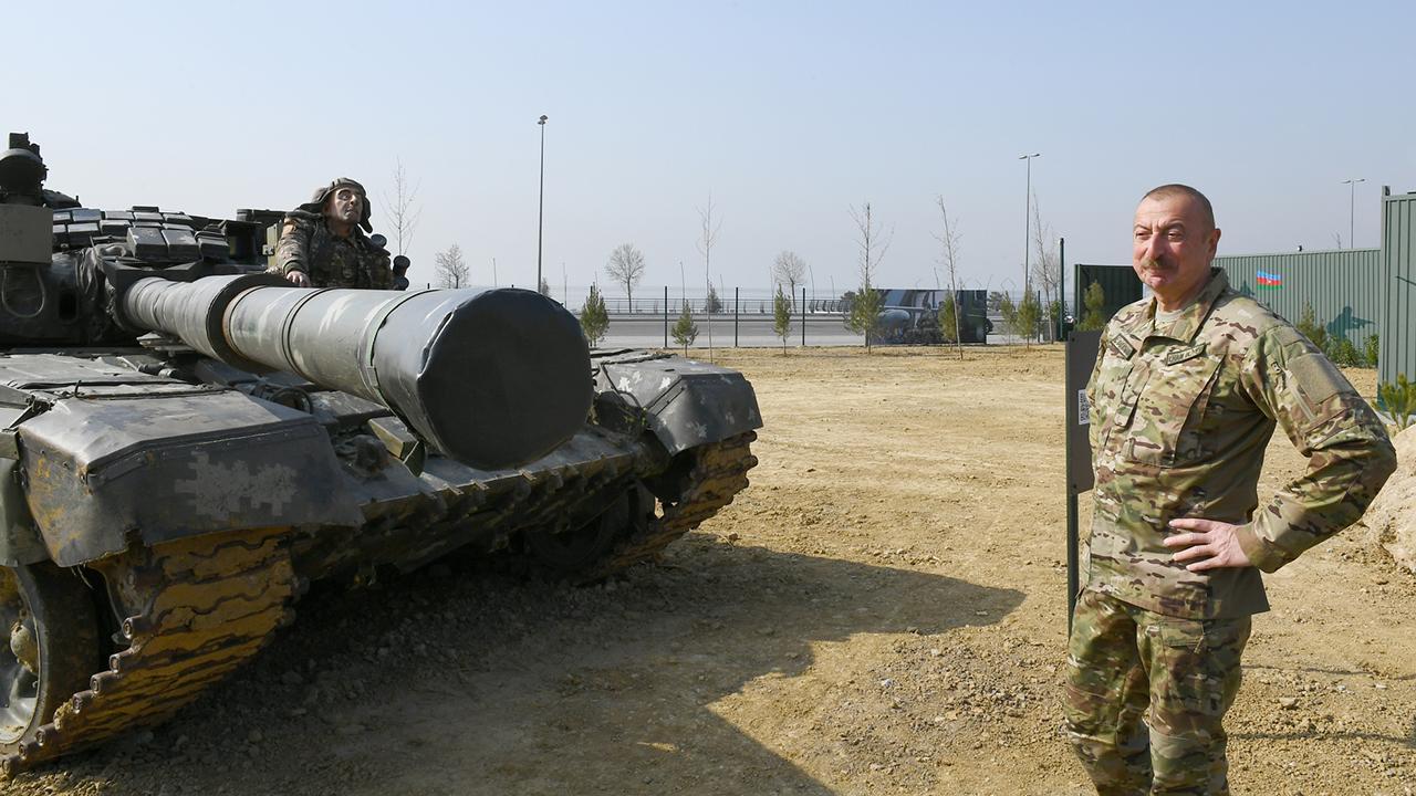 Azerbaycan'da 'Savaş Ganimetleri Müzesi' açıldı