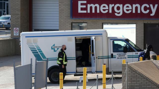 Kanadada koronavirüsten can kaybı 23 bini geçti