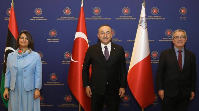 Bakan Çavuşoğlu Libyalı ve Maltalı mevkidaşlarıyla görüştü