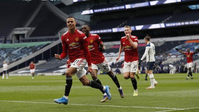 Manchester United Tottenhamı yendi