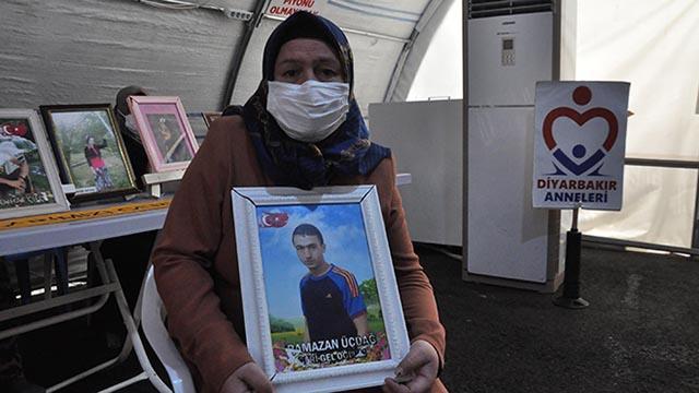 Evlat nöbetindeki anne: Çocuğumu HDP ve PKKdan istiyorum