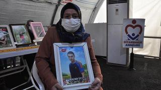 Evlat nöbetindeki anne: Çocuğumu HDP ve PKK'dan istiyorum