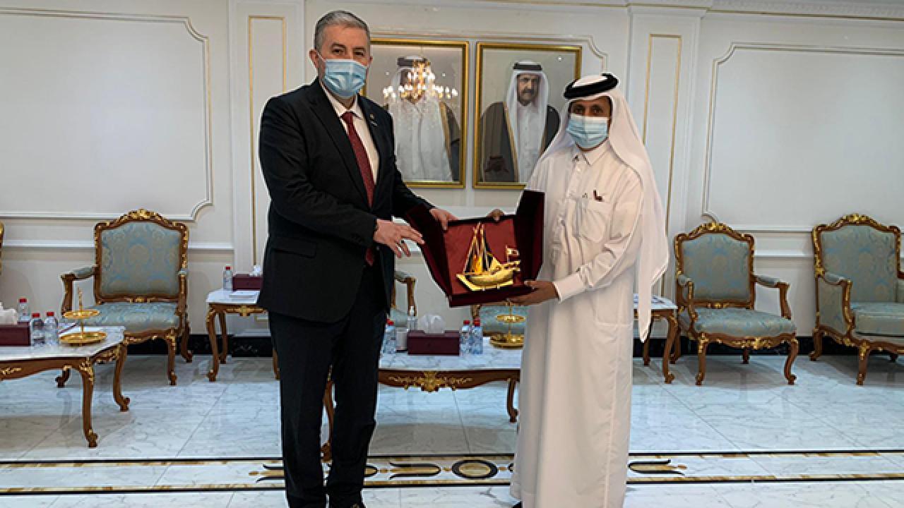 Türk ve Katarlı iş insanları Doha'da buluştu