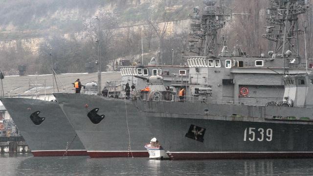 Rusya, Karadenize 15 savaş gemisi gönderdi