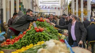 Tunus'ta çarşılarda ramazan bereketi yaşandı