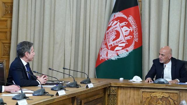 Blinken, Afganistan Cumhurbaşkanı Gani ile görüştü