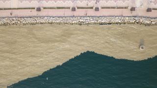 Bursa'da denizin rengi kahverengiye döndü