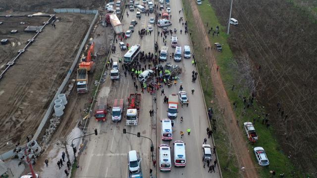 Bursada 4 kişinin öldüğü kazada tır şoförü kusurlu bulundu