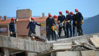 """Cezaevi personelinden oluşan """"CEKUT"""" hayat kurtarıyor"""