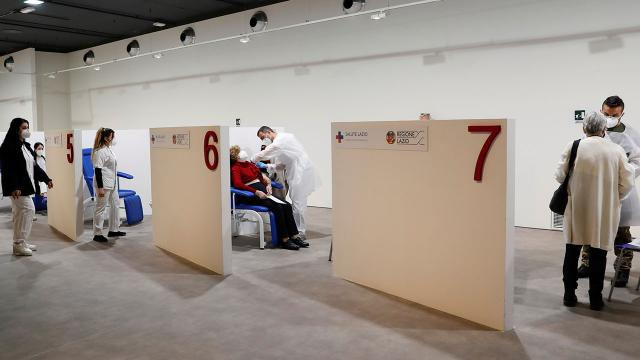 İtalyada son 24 saatte 469 can kaybı
