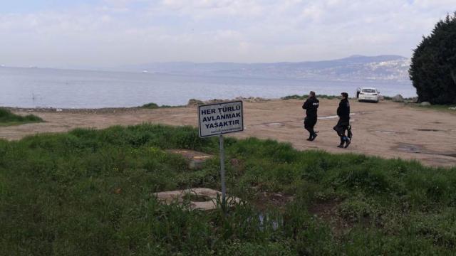 Kaçak kum midyesi avcıları yakalandı