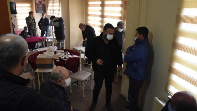 Kumarcılara polis baskını: 13 kişiye 41 bin lira ceza
