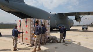 Libya'ya ulaştırılacak 150 bin doz aşı yola çıktı